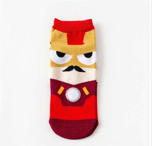 Moda Renkli Mutlu Çorap Men Yeni Karikatür Avenger Yumuşak Nefes Pamuk Kısa Çorap Casual Komik 10pairs / 20pcs Damla nakliye