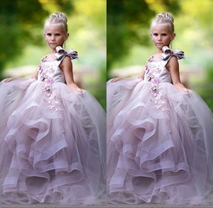 Bonito Princesa Bola Vestido Flor Menina Vestidos 3D Floral Appliques Bow Gilrs Pageant Dress Fluffy Tule Vestido de Aniversário
