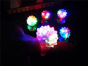 Мигание Bubble кольцо Rave партии моргать Soft Jelly Glow Led Light Up благосклонности партии подарок малышей пластиковые кольца 100pcs / серия FFA3475