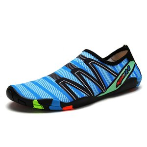 2019 Мужчины Пляж Лето болотная Повседневная обувь Плавание на Surf быстросохнущие кроссовки кожи Носок Полосатый Unisex вода обувь