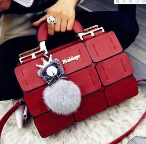 2020 shoulder bags european-american women's bag fashion palace grid shoulder bag sewing Boston wool ball messenger bag