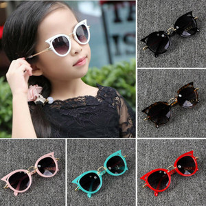 2019 Forma do bebê Hot Acessórios Verão Kid Boy menina óculos de sol óculos de sol ao ar livre Gato Sunglasses presentes UV400