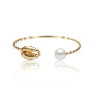 Regalo caldo Accessori donne di fascino in oro rosa aperto del polsino dei braccialetti della perla di modo di Shell BRACCIALI festa di nozze