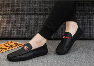 los zapatos ocasionales de los hombres atan para arriba los zapatos de cuero hombres caminando Barco de zapatos de los holgazanes de los mocasines zapatos de los planos de los hombres de lujo calientes manera de la venta