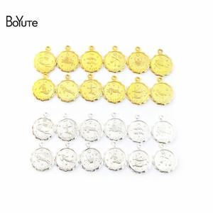 BoYuTe (12 pièces / Set, 10 Sets / Lot) Métal Laiton Mix 12MM Charms Zodiac pour Bijoux Faire Made main bricolage Bijoux Accessoires Pièces