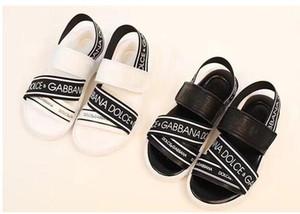 Été 2019 Nouvel Édition coréenne de Kids'Sandals Alphabet anglais Chaussures pour enfants Magic Stick Caoutchouc à semelle souple Antidérapante Chaussures