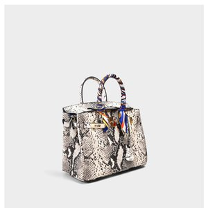 Charm2019 Grain Woman Package Borsa in pelle di vacchetta serpente Atmosphere portatile in vera pelle