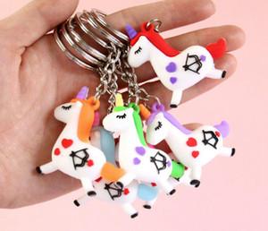 catene 60Pcs Unicorns Portachiavi Fairytale PVC Unicorn chiave cavallo Portachiavi supporto della catena chiave della lega