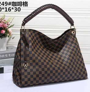 Yüksek kaliteli pu deri bayan iddialı Sert çanta omuz çantası alışveriş paketi moda klasik debriyaj çanta kılıf