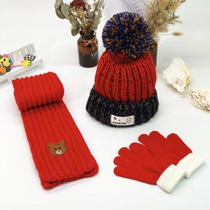 Детского дизайнер Hat шарф перчатка Набора мальчики Девушка Зима теплая Knit Pom Бал Шапочка Cap Детский трикотажный череп Caps GGA2743