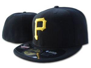 Top Quality Pirati misura le protezioni P Lettera Baseball Cap ricamato della squadra P formato Letter Caps formato Brim Pirati di Cappello di baseball in vendita