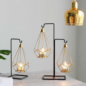 Nordic Estilo ouro geométrico Vela de Metal Tealight Vela Stand Holder com ferro forjado de suspensão cremalheira Decoração Início Craft Y200110