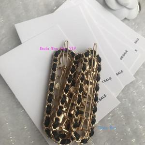 Moda personalizada pinzas para el cabello de metal C C Classic letras de metal de diseño clásico horquillas accesorios para el cabello tarjeta de papel de regalo de la fiesta VIP pin suéter