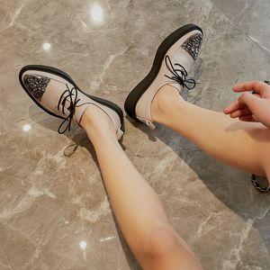 Fiore Fedonas nuova delle donne di base di promenade pompa i pattini di cristallo primavera-estate Croce Legato per Vera Pelle di marca scarpe da donna