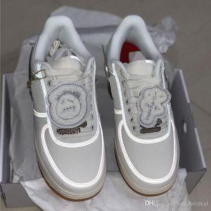 2019 Kuvvetler TRAVIS Beyaz Kaykay 3M Kutusu ile Moda Erkekler Kadınlar Günlük Sneakers yansıtmak Ayakkabı Koşu x