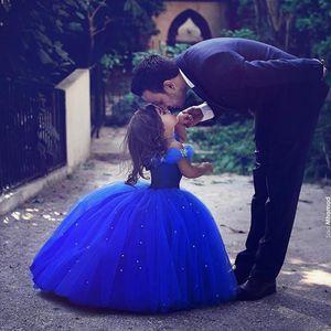 Princesse Cendrillon Fille De Fleur Robes Longueur De Plancher De L'épaule Robe De Bal Royal Bleu Enfants Pageant Robes Robes De Noce Personnalisées