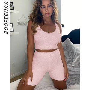 BOOFEENAA Frauen 2-teiliges Set beiläufige kurze Cozy Fluffy Lounge Wear Sommer-Outfits Crop Top Shorts Sexy Matching Sets C34-BB16 T200630