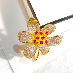 Micro Zircon Flower Brooches For Lady INS Fashion Wedding Corsage Full Diamond Gold Jewelry Women Luxury Plant Brooch Pins