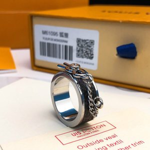 Top luxury designer jewelry women rings silver round band clamping rings men lover engagement couple monogram eclipse rings with box