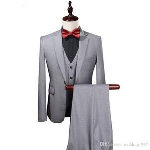 Açık Gri Weding Erkekler Çentikli Yaka Üç Parçalı Custom Made Erkek Blazer Damat smokin ceket Pantolon Yelek WH229 Takımları