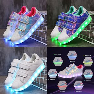 Zapatos ligeros para niños Usb Can Charge Led Luminescence Shoe Magic Subsidies Male Girl Ghost Shoes Step Shoes
