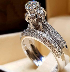 2pcs Nuptiale anneaux élégants pour les femmes Sliver couleur de fiançailles de mariage de la mode des bijoux avec pleine brillant Cubiz Zircon Pierre