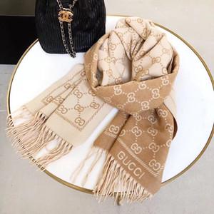 Lo stilista di lusso della sciarpa di inverno miscela sciarpa di cachemire scarves.Two colori fronte-retro scialle Nessuna scatola K6 gift.Ladies di lusso delle donne