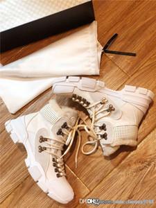 Dernières des femmes des hommes Chaussures de sport avec de la fourrure, des bottes chaudes d'hiver cheville Randonnée Sneaker avec semelle en caoutchouc robuste Martin Chaussures 35-45