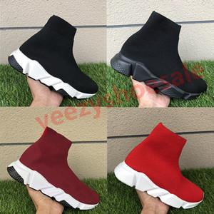Moda siyah kırmızı çiftleri hız eğitmen erkek Kadın çorap ayakkabı Üçlü Siyah Beyaz Gri Kırmızı kraliyet mens spor ayakkabısı gündelik ayakkabı erik