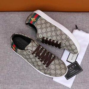 2019 Autumn New Ace Sneaker de cuero Zapatos de cuero blanco liso abeja de oro zapatillas de deporte de diseño de zapatos para hombres