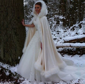 Winter Bridal Shawls Jackets Cape Faux Fur Christmas Cloaks Hooded Perfect Wedding Wraps Abaya Wedding Dresses