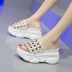2020 Summer New Beaded Casual Sandals and Slippers Wedge Heel Fashion Increased Thick Bottom Sandals and Slippers