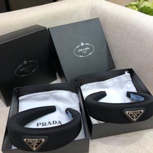 P bandas para la cabeza alta calidad moda diadema de lujo decorado de la letra diadema de lujo negro 2020 dama joven diseñador de banda para la cabeza al aire libre