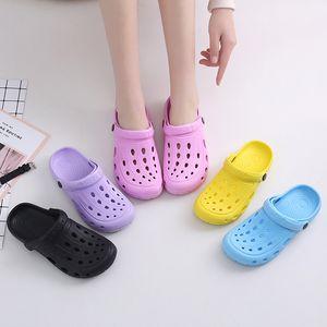 Casal Women Shoes Clog Buraco Shoes Men Praia Luz Sandals Chinelo Outdoor Verão Wading Sneaker Lazer