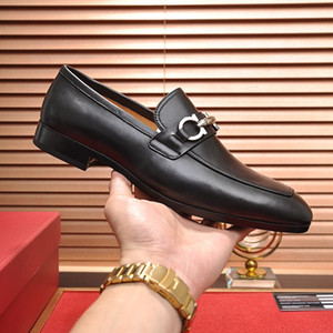 High quality Formal Dress Shoes For Gentle Luxury designer Men Black Genuine Leather Shoes Pointed Toe Mens Business Oxfords Casual shoes