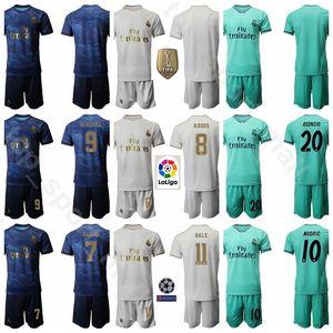 Maglia Real Madrid Soccer 25 Vinicius Junior Jersey JR 8 Toni Kroos Set 9 Karim Benzema 20 Marco Asensio Maglia da calcio Kit Uniforme Nome personalizzato