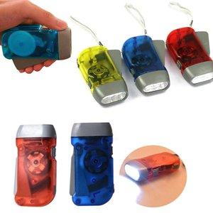 3LED Handpresse Camping Taschenlampen Energiespar Taschenlampe Dynamo-Nachtlicht Outdoor-Handpresse Crank Torche