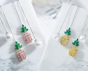 Adatti gli orecchini-Nuova ananas, orecchini di perle, signora con gli orecchini zircone.