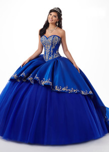 2020 abiti Royal Blue Borgogna Quinceanera oro ricamo in rilievo del raso dell'innamorato di sfera del partito di promenade Sweet 16 Dress