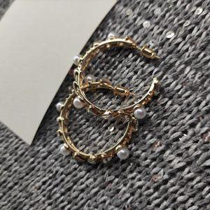 neue Art und Weise Metallbandohrringe arbeiten Perlen und Steine Zubehör klassisches Symbol c Luxus earbob mit VIP-Staubbeutel