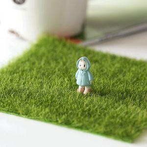 Square artificial simulado Plantas césped del césped de la hierba verde musgo falso Mat 30 * 30cm Herramientas de bricolaje Mini Fairy Garden 1Pcs