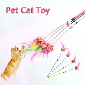 Gato del juguete divertido lindo gato de Rod colorido Teaser Varita alambre de acero de los gatos de plástico interactivo palillo de animal doméstico del gato Bola Juguetes Suministros VT0464 mayorista