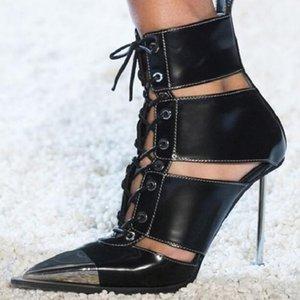 Cuero de señoras de la manera natural de tacón alto sandalias metálicas zapatos del estilete puntiagudo-top del alto de las sandalias del punk remaches hueco botas del tobillo