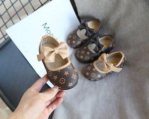 Moda Yeni çocuk deri Kızlar Kaymaz Prenses ayakkabı Koreli çocuk Yumuşak alt Bow rahat ayakkabı boyutu 21-30