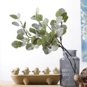 فروع شجرة الكينا شجرة النباتات البلاستيكية الاصطناعية وهمية زهرة Arrangemet DIY الرئيسية حفل زفاف الديكور ورقة إكليل