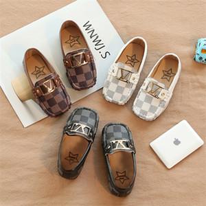 Bahar çocuklar deri ayakkabı 3 renk Erkekler Kızlar tek ayakkabı ızgarası Boy ayakkabı bebek bezelye çocuklar yumuşak tabanları Kaymaz ayakkabılar 21-30 AJY895