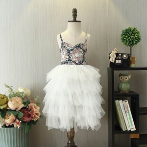Kız Paskalya Elbise Siyah Çiçek Beyaz Tutu Ayak bileği uzunluğu Bohemya Beach Holiday Giydir Çocuk Giyim 2-9Y E17118