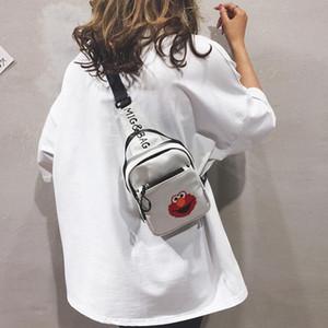 Nuevo pequeño bolso femenino 2019 mochila de moda marea nueva bolsa de red pecho tela roja ocasional ins multifunción colgado