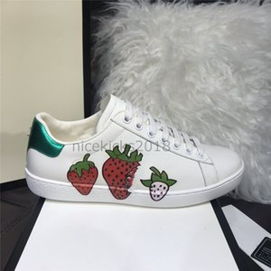 2019 Hommes Femmes Sneaker Chaussures Casual Chats Baskets Chaussures Pour Hommes Strawberry 2019 Luxury Designer Ace Bee Stripes chaussures de sport marche