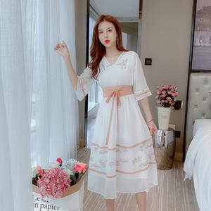 Verbessern Hanfu Kleid Frühjahr / Sommer 2020 neue Art-elegantes Temperament alter Student Girl Frische Super-Fee MIDI-Kleid